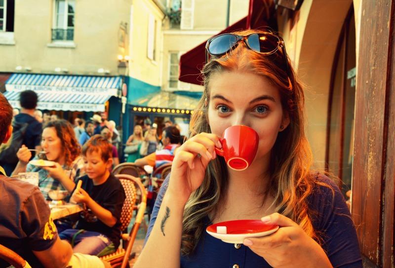 Cafézinho em Montmartre.